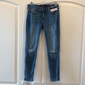 NWT Hollister Cropped Jeans